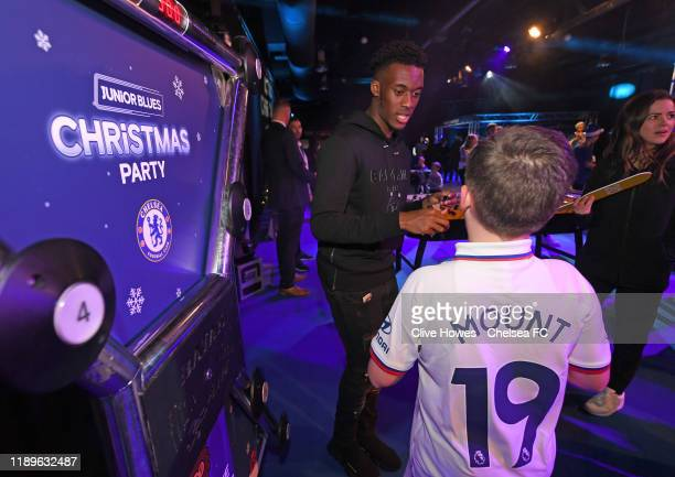 220 Chelsea Fc Bridge Party Photos And Premium High Res Pictures Getty Images