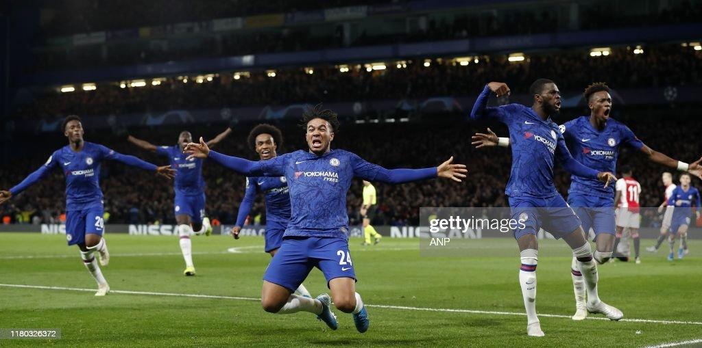 "UEFA Champions League""Chelsea FC v Ajax Amsterdam"" : ニュース写真"