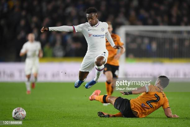 Callum HudsonOdoi of Chelsea is challenged by Eric Lichaj of Hull City during the FA Cup Fourth Round match between Hull City FC and Chelsea FC at...