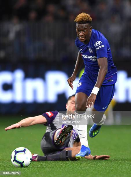 Shane Lowry of the Glory crashes into Liam Reddy trying to block Alvaro Morata of Chelsea from having a shot on goal during the international...
