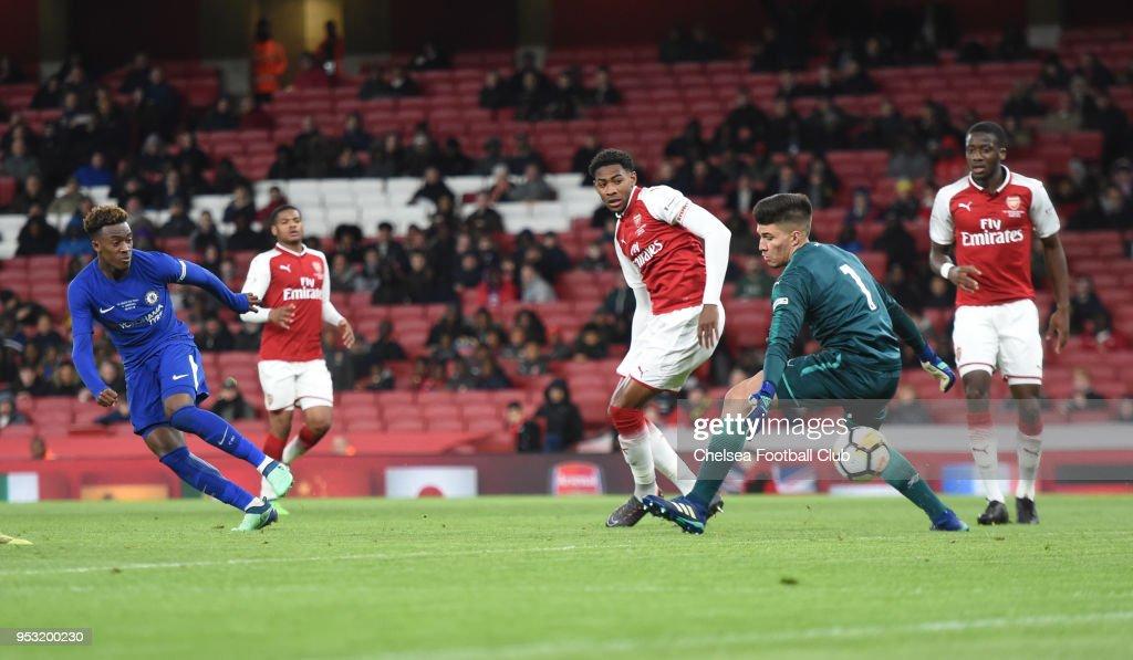Arsenal v Chelsea - FA Youth Cup Semi-Final: Second Leg : News Photo