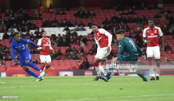 Callum HudsonOdoi of Chelsea scores the fourth goal during the Arsenal v Chelsea FA Youth Cup Final Second Leg at Emirates Stadium on April 30 2018...