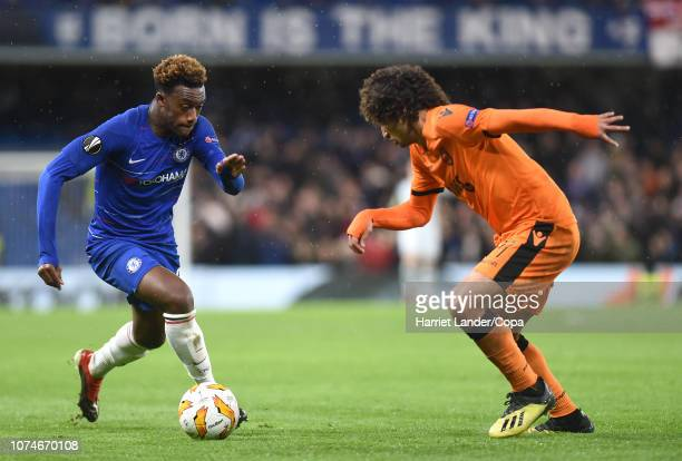 Callum HudsonOdoi of Chelsea takes on Amr Warda of PAOK FC during the UEFA Europa League Group L match between Chelsea and PAOK at Stamford Bridge on...