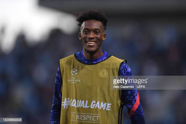 Callum Hudson-Odoi of Chelsea warms up during the UEFA Champions League Final between Manchester City and Chelsea FC at Estadio do Dragao on May 29,...