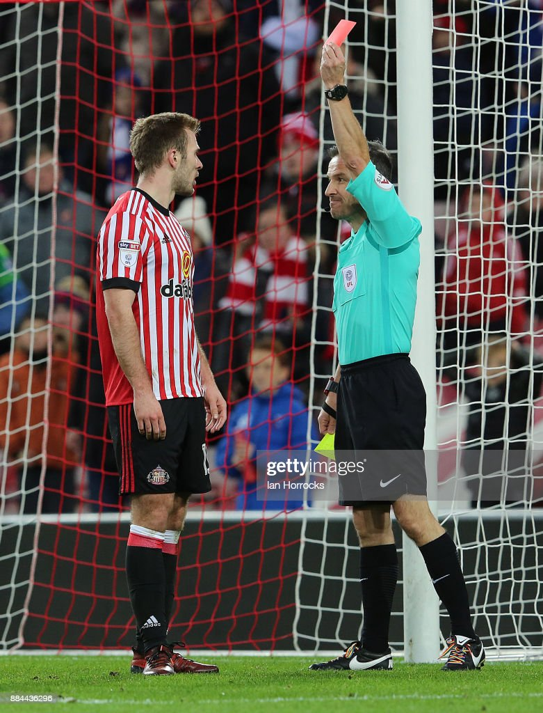 Callum McManaman of Sunderland is sent off during the Sky Bet Championship match between Sunderland and Reading at Stadium of Light on December 2, 2017 in Sunderland, England.