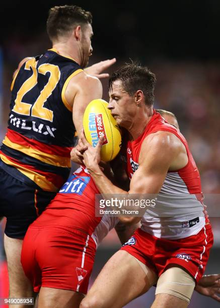 Callum Sinclair of the Swans takes a mark during the round five AFL match between the Sydney Swans and the Adelaide Crows at Sydney Cricket Ground on...
