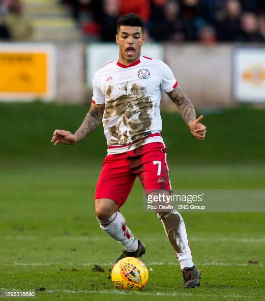 Callum Tapping in action for Brechin