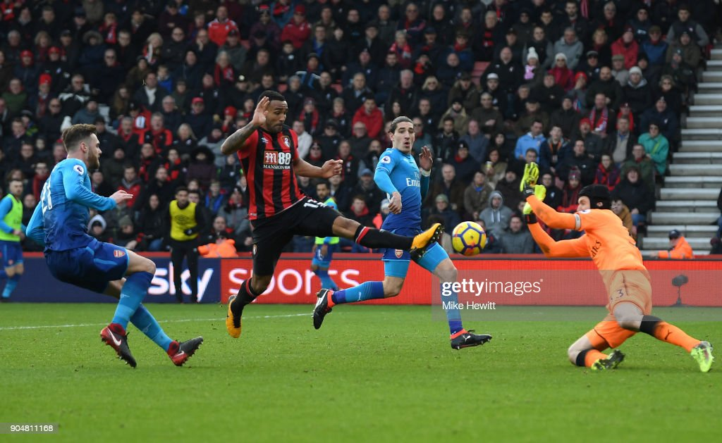 Callum Wilson of AFC Bournemouth scores his sides first goal during the Premier League match between AFC Bournemouth and Arsenal at Vitality Stadium on January 14, 2018 in Bournemouth, England.