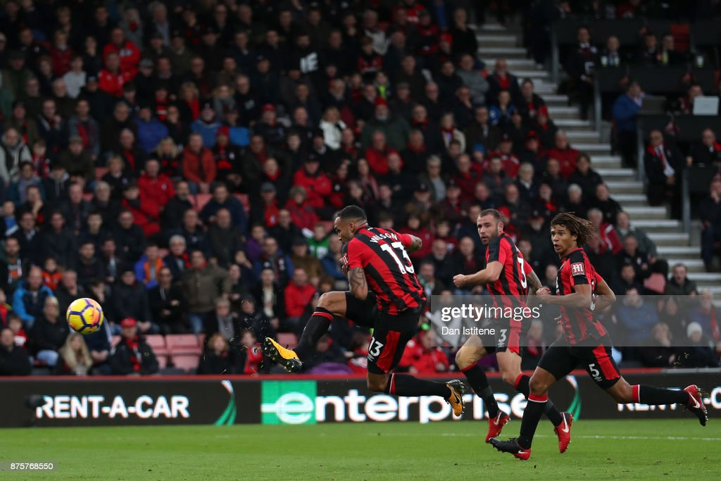 Callum Wilson of AFC Bournemouth scores his side's second goal during the Premier League match between AFC Bournemouth and Huddersfield Town at Vitality Stadium on November 18, 2017 in Bournemouth, England.