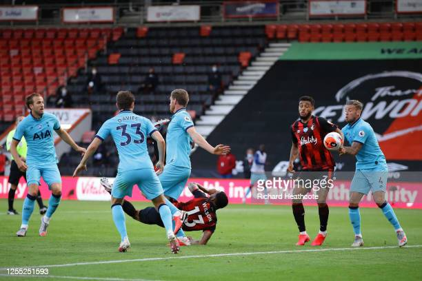 Callum Wilson of AFC Bournemouth scores his team's first goal during the Premier League match between AFC Bournemouth and Tottenham Hotspur at...