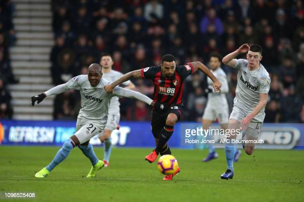 Callum Wilson of Bournemouth gets between Angelo Ogbonna and Declan Rice of West Ham United during the Premier League match between AFC Bournemouth...