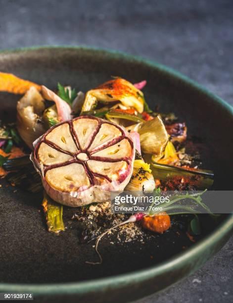 Calçots and Garlic with Baby Radish