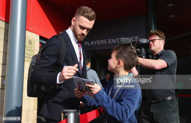 Calum Chambers of Middlesbrough signs autographs outside the stadium prior to The Emirates FA Cup Fifth Round match between Middlesbrough and Oxford...