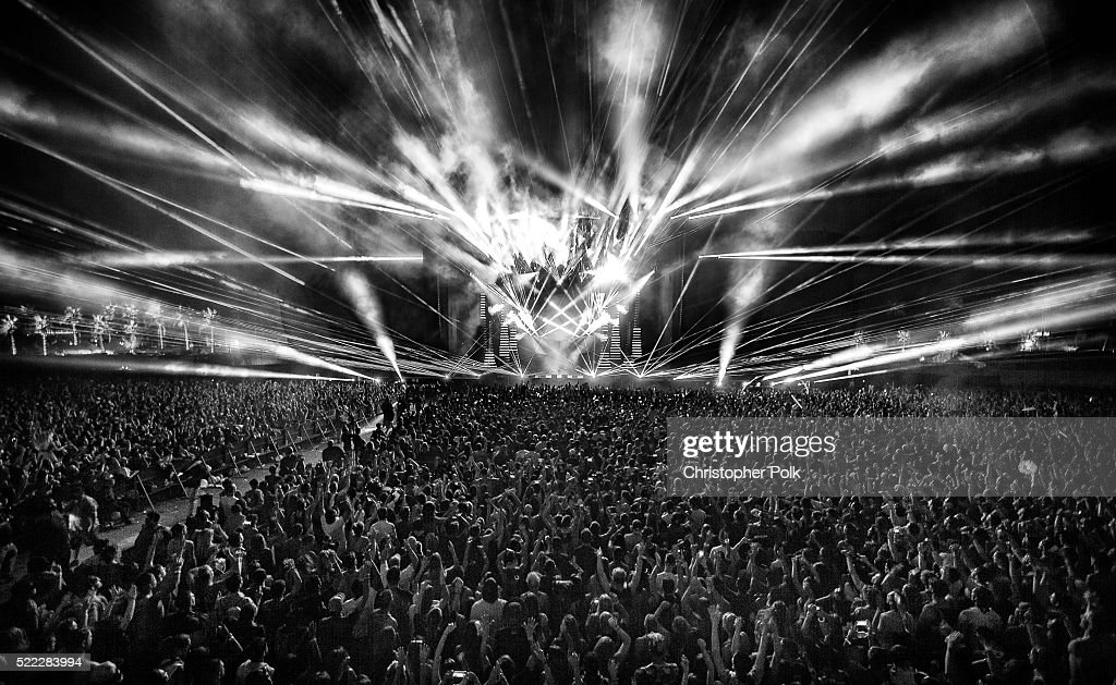 Calvin Harris performs on day 3 of the 2016 Coachella Valley Music & Arts Festival Weekend 1 at the Empire Polo Club on April 17, 2016 in Indio, California.