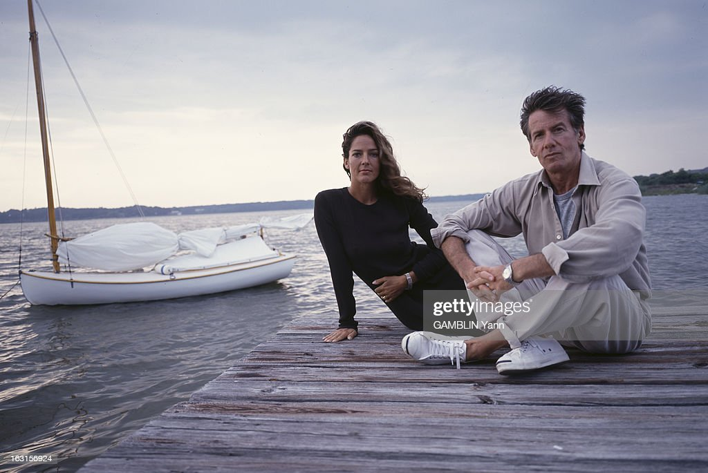 Calvin Klein And His Wife In Their House Of Long Island : News Photo