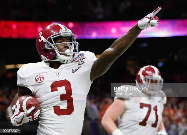 Calvin Ridley of the Alabama Crimson Tide celebrates a reception for a touchdown in the first quarter of the AllState Sugar Bowl against the Clemson...