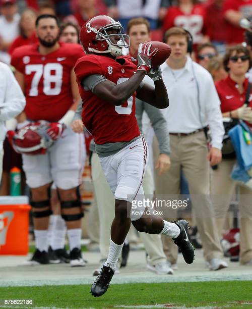 Calvin Ridley of the Alabama Crimson Tide pulls in this reception on the way to a touchdown against the Mercer Bears at BryantDenny Stadium on...