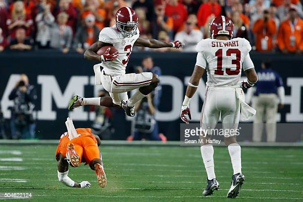 Calvin Ridley of the Alabama Crimson Tide runs the ball against the Clemson Tigers during the 2016 College Football Playoff National Championship...