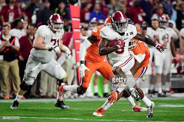 Calvin Ridley of the Alabama Crimson Tide runs the ball in the second quarter against the Clemson Tigers during the 2016 College Football Playoff...