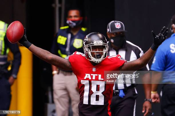 Calvin Ridley of the Atlanta Falcons celebrates his two point conversion reception against the Detroit Lions during the second half at Mercedes-Benz...