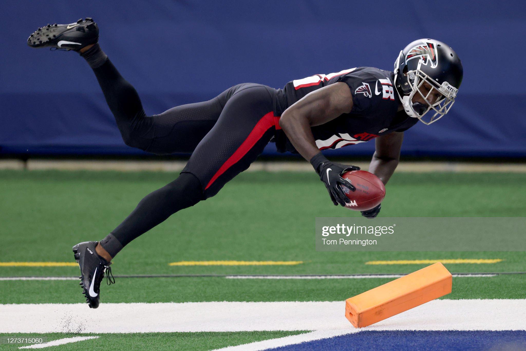 Atlanta Falcons v Dallas Cowboys : News Photo