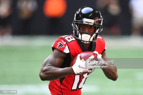 Calvin Ridley of the Atlanta Falcons during the first quarter against the Tampa Bay Buccaneers at Mercedes-Benz Stadium on October 14, 2018 in...