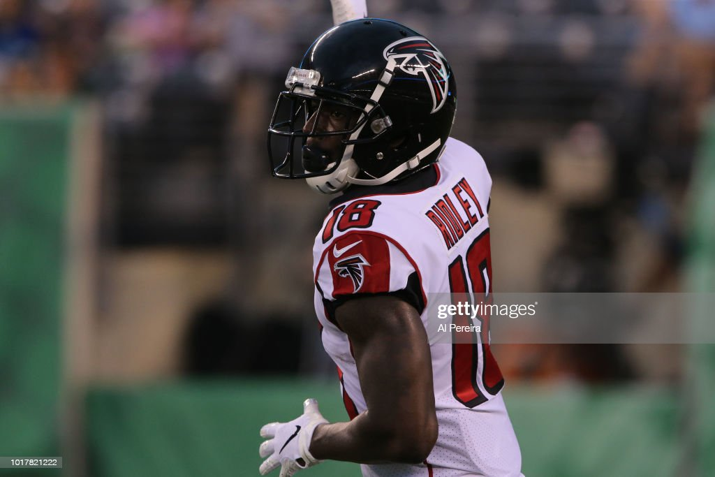 Atlanta Falcons v New York Jets : News Photo