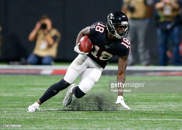 Calvin Ridley of the Atlanta Falcons makes a cut during the second half of an NFL game against the New Orleans Saints at Mercedes-Benz Stadium on...