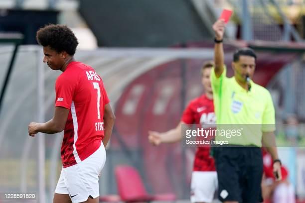 Calvin Stengs of AZ Alkmaar receives a red card during the Dutch Eredivisie match between AZ Alkmaar v PEC Zwolle at the AFAS Stadium on September...
