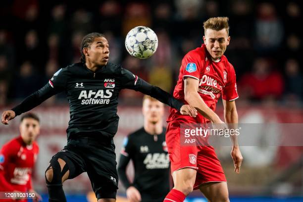 Calvin Stengs of AZ Oriol Busquets of FC Twente during the Dutch Eredivisie match between FC Twente Enschede and AZ Alkmaar at De Grolsch Veste...