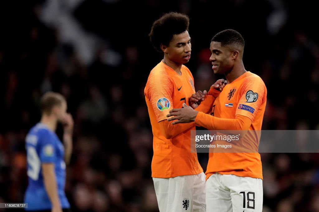Holland  v Estonia  -EURO Qualifier : News Photo