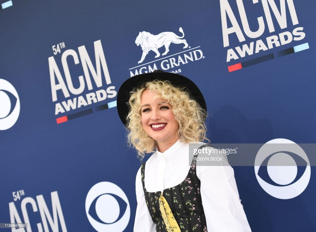 US-ENTERTAINMENT-MUSIC-COUNTRY-ARRIVALS-award : News Photo