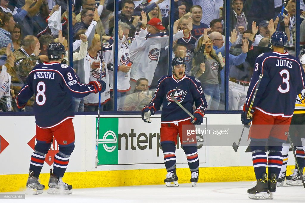 Pittsburgh Penguins v Columbus Blue Jackets - Game Three : News Photo