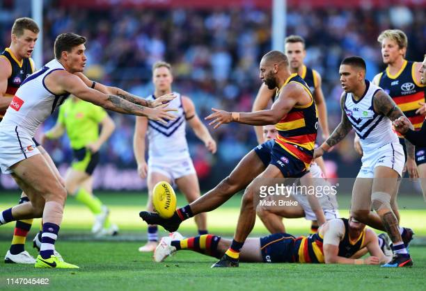 Cam EllisYoleman of the Adelaide Crows kicks during the round seven AFL match between the Adelaide Crows and the Fremantle Dockers at Adelaide Oval...