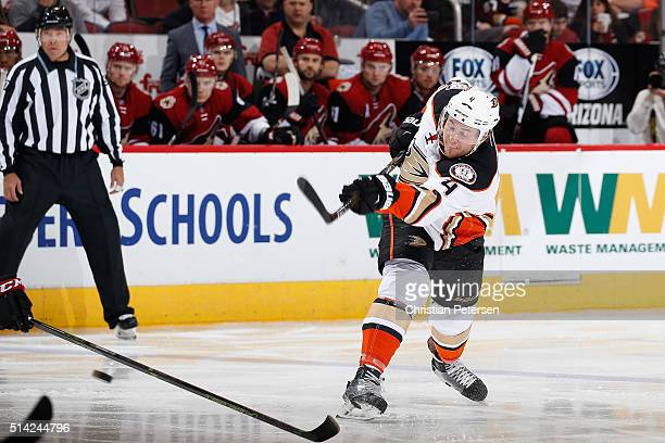 Cam Fowler of the Anaheim Ducks shoots the puck against the Arizona Coyotes during the NHL game at Gila River Arena on March 3 2016 in Glendale...
