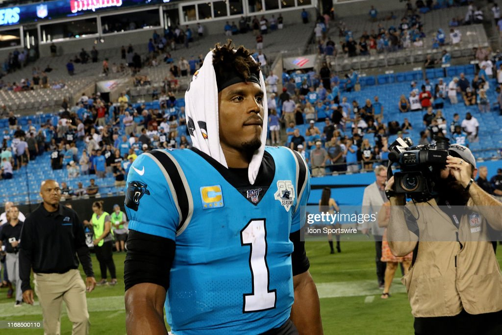 NFL: SEP 12 Buccaneers at Panthers : News Photo