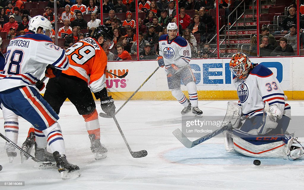 Cam Talbot #33 of the Edmonton Oilers makes a pad save on a shot by Sam Gagner #89 of the Philadelphia Flyers on March 3, 2016 at the Wells Fargo Center in Philadelphia, Pennsylvania. The Oilers went on to defeat the Flyers 4-0.