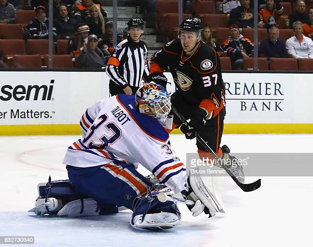 Cam Talbot of the Edmonton Oilers makes the first period save on Nick Ritchie of the Anaheim Ducks at the Honda Center on January 25 2017 in Anaheim...