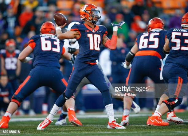 Cam Thomas of the Illinois Fighting Illini throws the ball during the game against the Northwestern Wildcats at Memorial Stadium on November 25 2017...