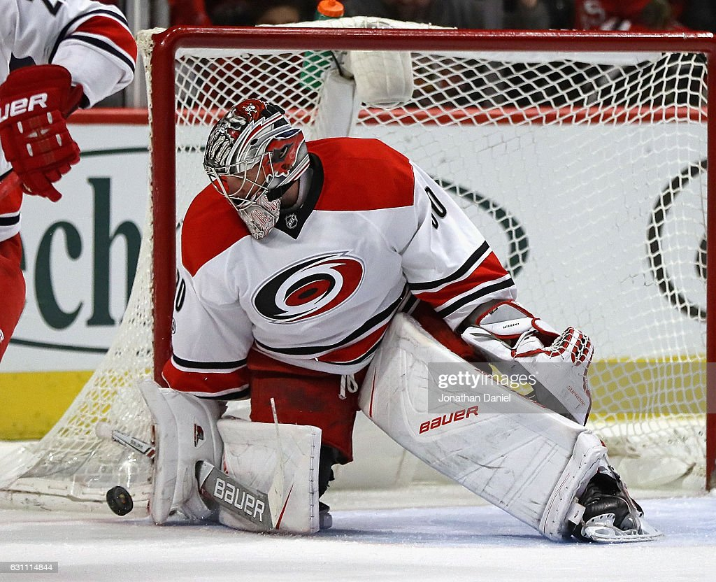 Cam Ward #30 of the Carolina Hurricanes makes a save against the Chicago Blackhawks at the United Center on January 6, 2017 in Chicago, Illinois. The Blackhawks defeated the Hurricanes 2-1.