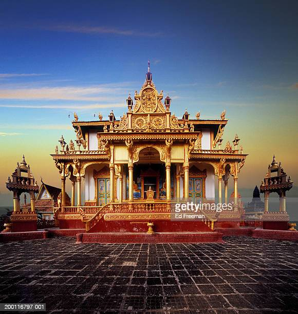 cambodia, phnom penh, buddhist temple - phnom penh stock pictures, royalty-free photos & images