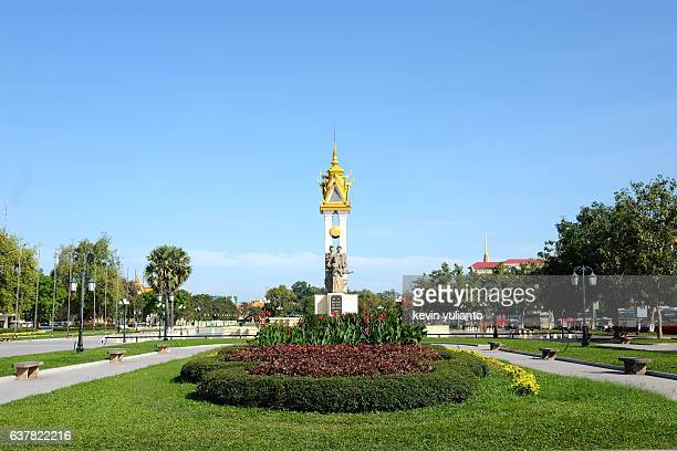 cambodia vietnam friendship monument, phnom penh - killing fields stock pictures, royalty-free photos & images