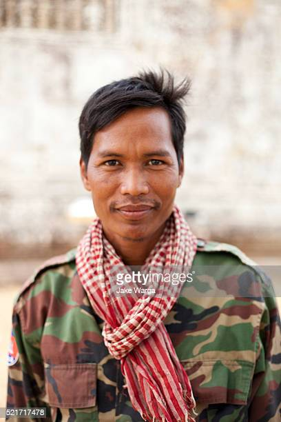 cambodial soldier, preah vihear temple, cambodia - jake warga stock pictures, royalty-free photos & images