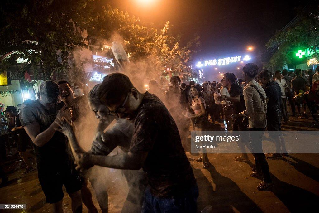 Cambodian New Year : News Photo