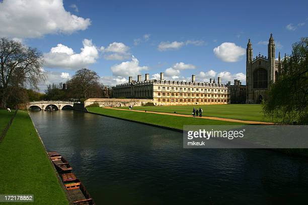 Cambridge England view of river punt and university