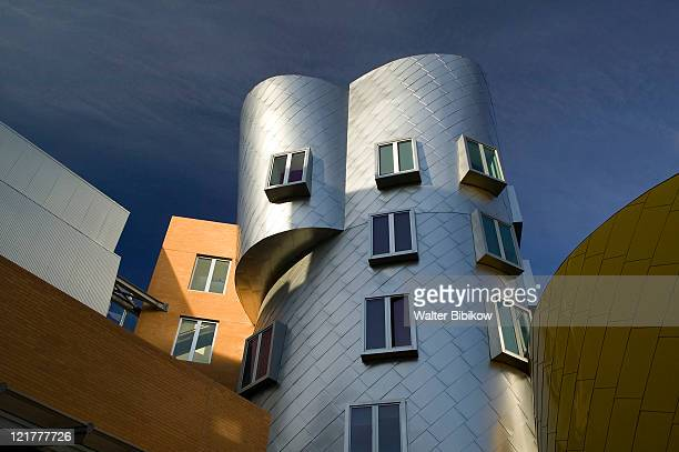 ma, cambridge, mit, the stata center - cambridge massachusetts stock pictures, royalty-free photos & images