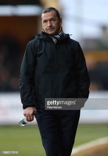 Cambridge United manager Colin Calderwood looks on during the Sky Bet League Two match between Cambridge United and Stevenage at Abbey Stadium on...