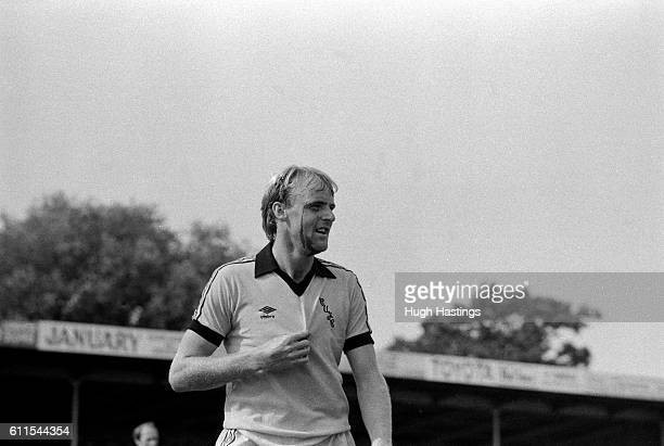 Cambridge United's George Reilly with a head cut