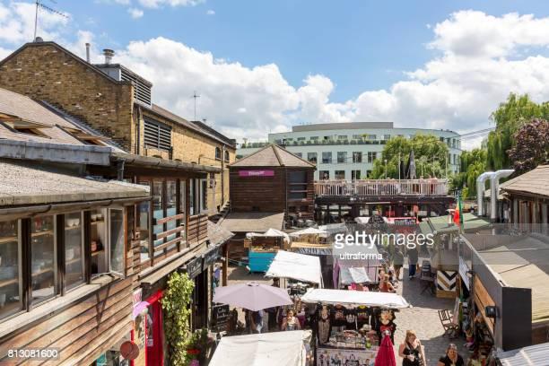 カムデン ・ タウン ロンドンのカムデン ロック マーケット - カムデンロック ストックフォトと画像
