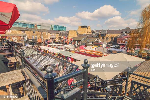 """camden market in camden town, london uk during a beautiful autumn day - """"sjoerd van der wal"""" or """"sjo"""" stock pictures, royalty-free photos & images"""